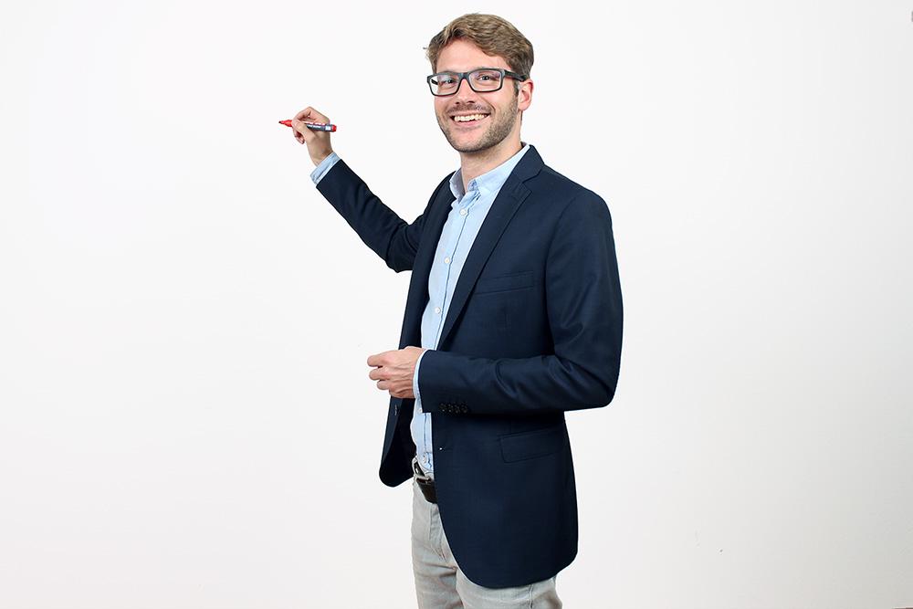 Damian Wimmer Unternehmenskonzepte und Energiemanagement EARF
