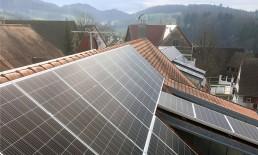 Photovoltaik-Dach Heuweiler EWS Sonnenstrom