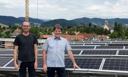 Kirchzarten Photovoltaik-Dach EWS Sonnenstrom